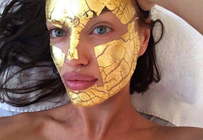 Mặt nạ vàng 24k có thể làm giảm tình trạng thiếu collagen