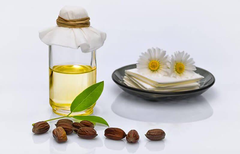 Tinh dầu Vitamin E và tinh dầu cây Jojoba
