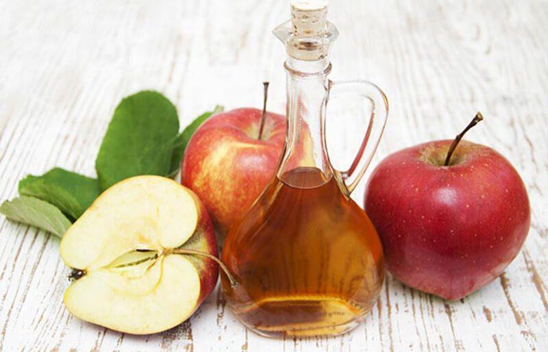 Giấm táo và mật ong trị mụn